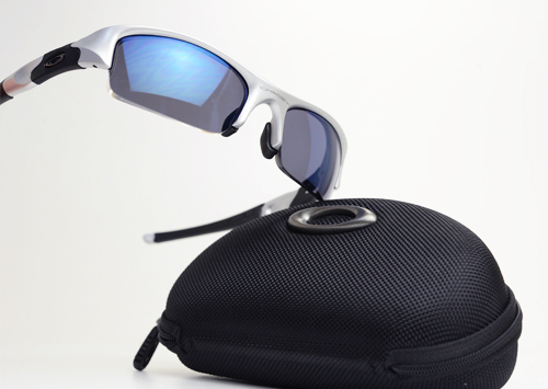 oakley-flakjacket1