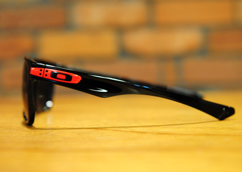 oakley-garage-rock2
