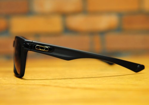 oakley-garage-rock3