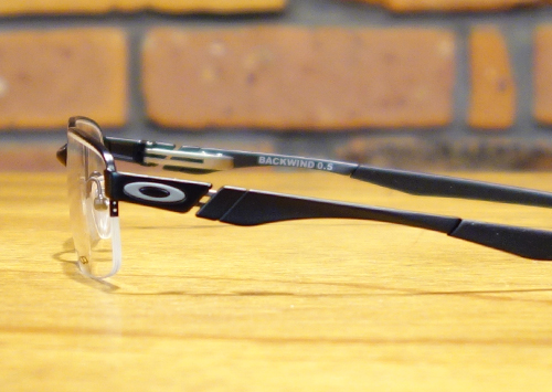 oakley-backwind-05-2-1